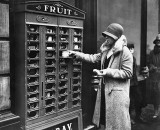 1920 - Vending machine