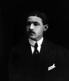 1913 - Rudolph Valentino at 17