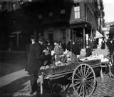 c. 1900 - Selling bananas
