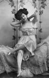 1910's - Dancer-singer Gaby Desyls
