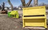 Pianos Galore