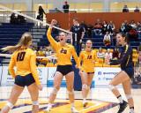 Queen's vs Windsor W-Volleyball 10-27-18