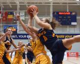 Queen's vs Waterloo W-Basketball 11-17-18