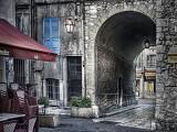 Archway, Vence
