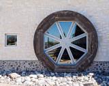 Wagon wheel window and sidekick