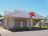 Shuttered gas station, Gatesville, TX