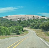 Approach to Enchanted Rock, A state Natura area  on Highway 965
