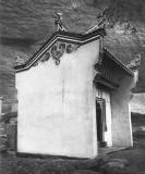 186)  Ichángfu. Lung wang tung.