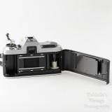 05 Minolta X-300 35mm SLR Film Camera Body with Auto 200X Flash.jpg