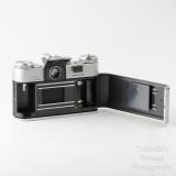 04 Zenit Zenith E 35mm Film SLR Camera Body with Case .jpg