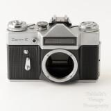 01 Zenit Zenith E 35mm Film SLR Camera Body with Case .jpg