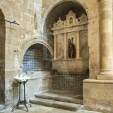 O Orago e o túmulo de Egas Fafes
