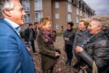 Cora van Nieuwenhuizen bezoekt de VHL