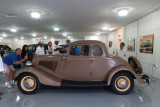 1934 Ford 40 (V-8) Deluxe 5-Window Coupe (1034)