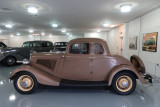 1934 Ford 40 (V-8) Deluxe 5-Window Coupe (1037)