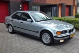 BMW E36 323i Automatic