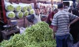 Kuthaya Market scene 94 1.jpg