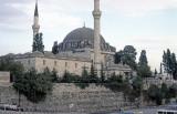 Istanbul at Yavuz Selim Mosque 93 051.jpg