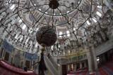 Istanbul Atik Valide Mosque dec 2018 9559.jpg