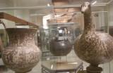 Gander shaped vessel
