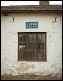 Tudor Batteri Service...