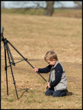 Trying to adjust the hight of the tripod can be rather difficult