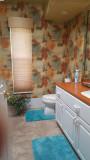 Breakers Guest bath 2.jpg