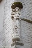 Korte Ridderstraat X Sint-Maartensplein - staande Maria met Kind