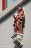 Katelijnestraat 40 (Diamant)museum - Staande Maria met Kind
