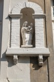 Kleine Heilige Geeststraat 7-9 (staande Maria met Kind)