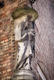 Mariastraat X Sint-Salvatorskoorstraat - staande Maria met Kind