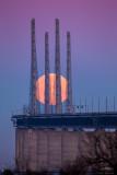 Moonset behind the Öresund Bridge