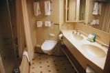 SS8047 bathroom