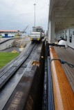 Zuiderdam's narrow clearance in the lock