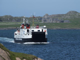 Ferry approaching Fionnphort