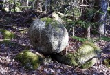 granite boulders along pioneer road
