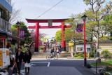 Kameido tenjin entrance @f4 QS1