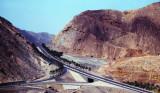 oman highway in the hills DSCF0189.jpg