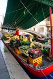 Floating Veggies Market