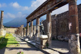 Rainy Weekend in Pompeii and Abroad