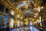 Colonne Palace