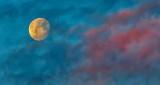 Clouded Moon At Sunrise DSCN19535
