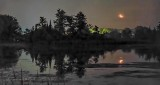 Waning Crescent Moonrise P1320616