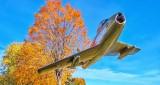 RCAF F-86 Sabre P1020349-51v2