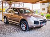 20110421 Cayenne turbo - Office 006-Edit.jpg