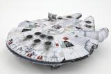 Bandai 1/144 Millennium Falcon TFA