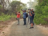 DSCN5303 Rahil and local Bhandup birders.jpg