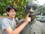 DSCN3555 Rahil and common man nose.jpg