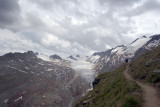 Approaching the Ramolhaus with glacier views across the valley
