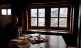 Inside the characterful Ramolhaus with the glaciers outside